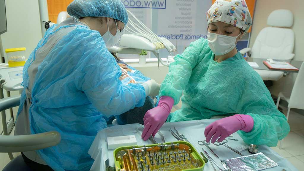 implantes_dentales_odontomedic