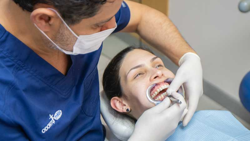 estetica_dental_paciente_consulta